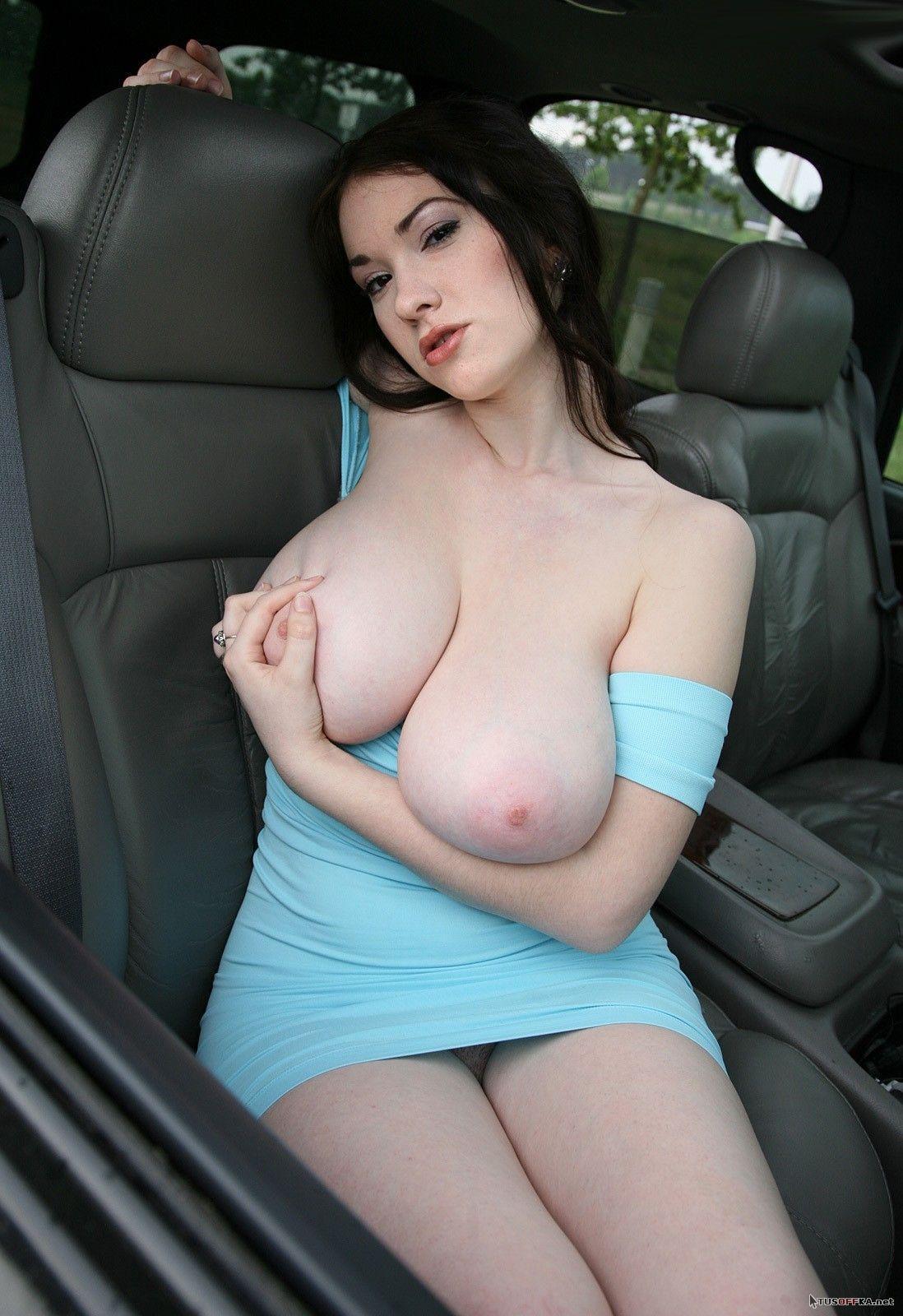 Смотреть порно большие сиськи в платьях 16 фотография
